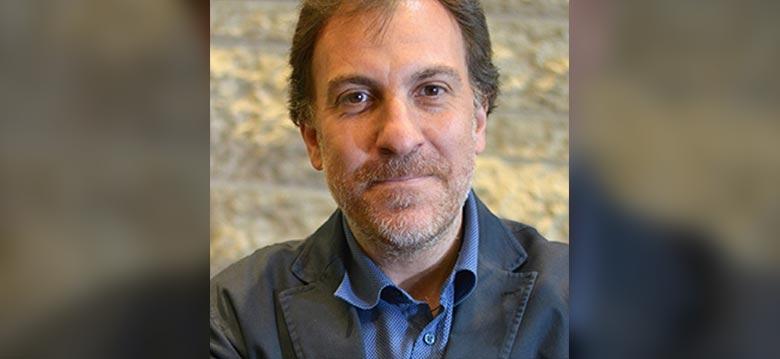 Photo du Dr Davide Martino, qui dirige la Calgary Parkinson Research Initiative (CaPRI) et sollicite la participation des patients