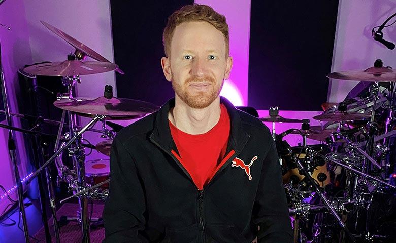 Kevin Farmer, ingénieur du son et batteur amateur résidant à Milton, Ontario